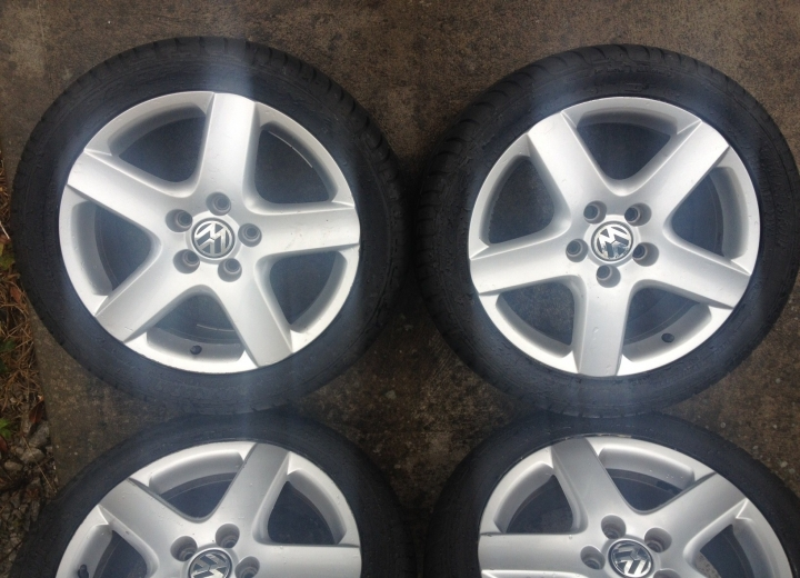 Genuine Volkswagen Alloy Wheels