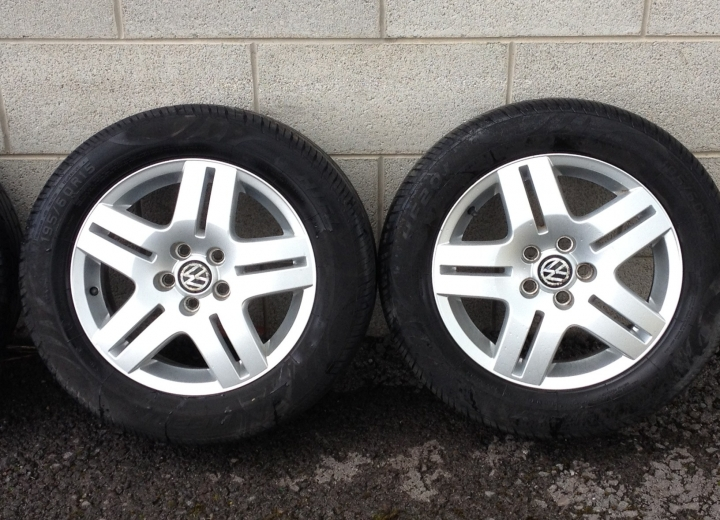 Genuine Volkswagen 15 Quot Alloy Wheels Ireland Good Tyres Cheap